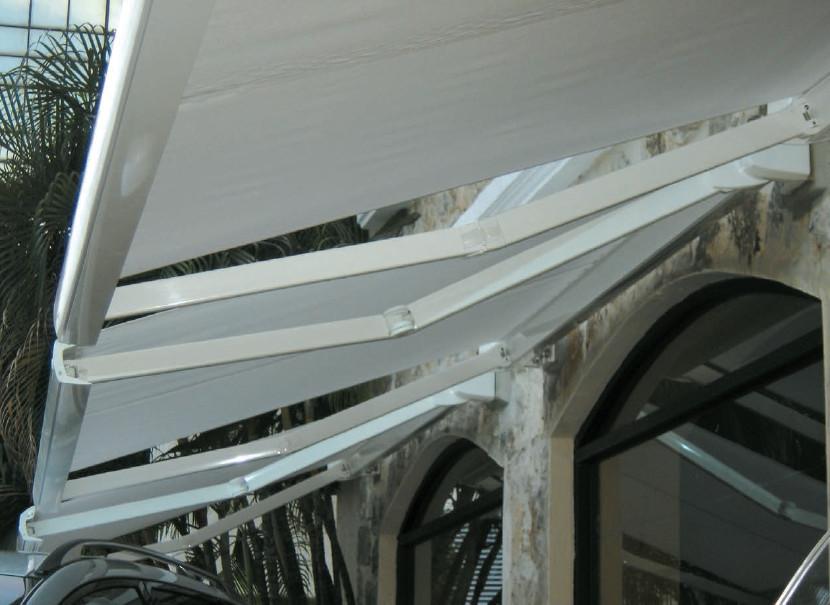 Markýza Aresbox vhodná i na balkóny