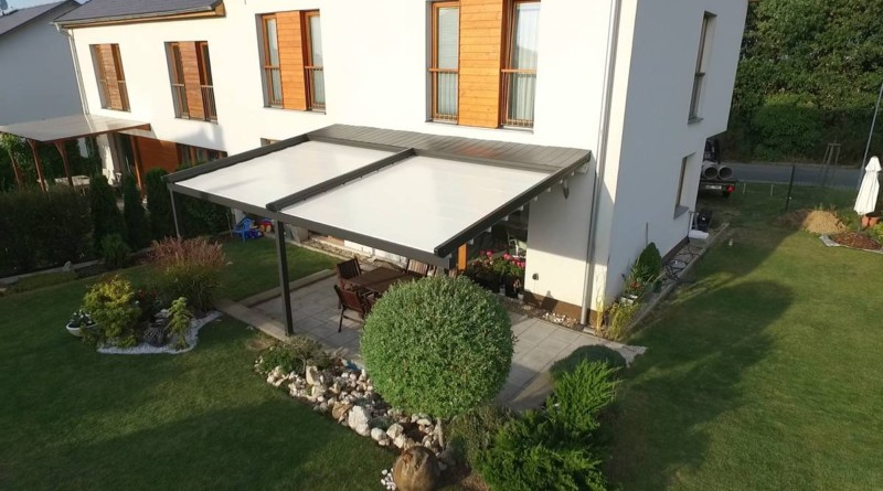 Zahradní pergola na terase u domu