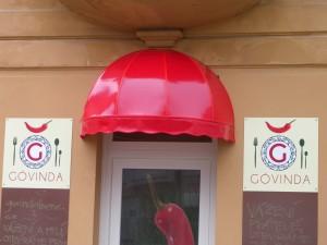 kosova-markyza-cervena-3