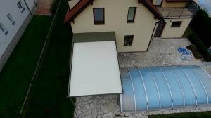 Realizace hliníkové pergoly u bazénu 11