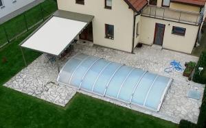 Realizace hliníkové pergoly u bazénu 5