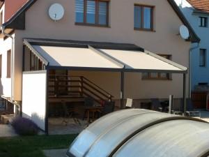 Pergola vytvoří na terase příjemný stín