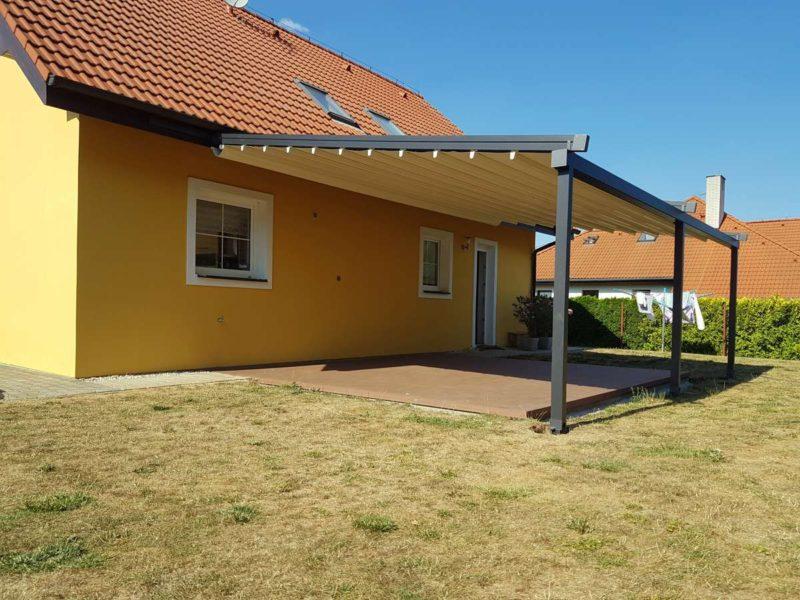 Hliníková pergola se stahovací střechou