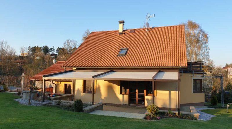 Pergola z hliníku se stahovací střechou