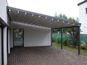 Obrovská terasa s perfektním zastíněním