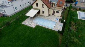 Realizace hliníkové pergoly u bazénu 6