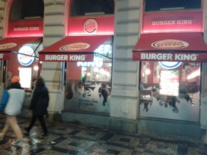 Realizace markýzy Rimini v centru Prahy 2