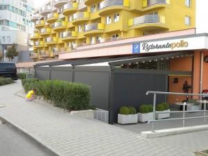 Pizzerie Pollo v Olomouci se zastíněním terasy