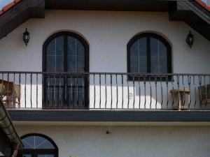 Atypocké sítě do obloukových oken a dveří